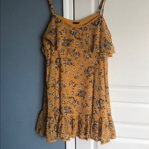 Torrid size 1 16 gold yellow floral dress